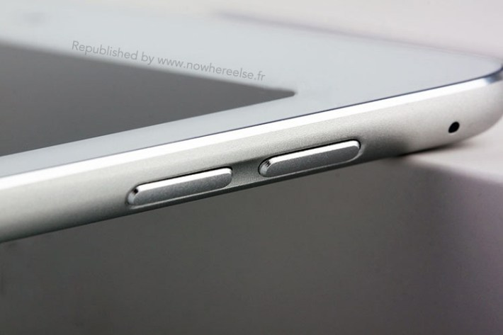 ipad_air_2_replica_volume