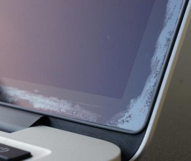 Apple Extends Free Repairs Of Anti Reflective Coating On Select Macbook And Macbook Pro Models