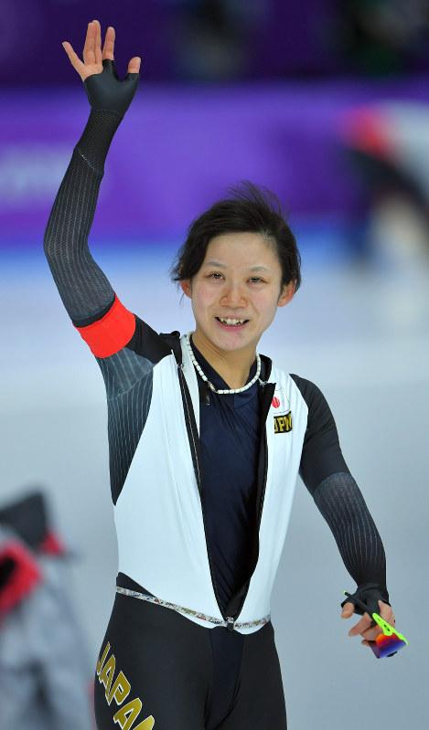 女子1500メートルを滑る高木美帆=江陵オーバルで2018年2月12日午後10時48分、手塚耕一郎撮影