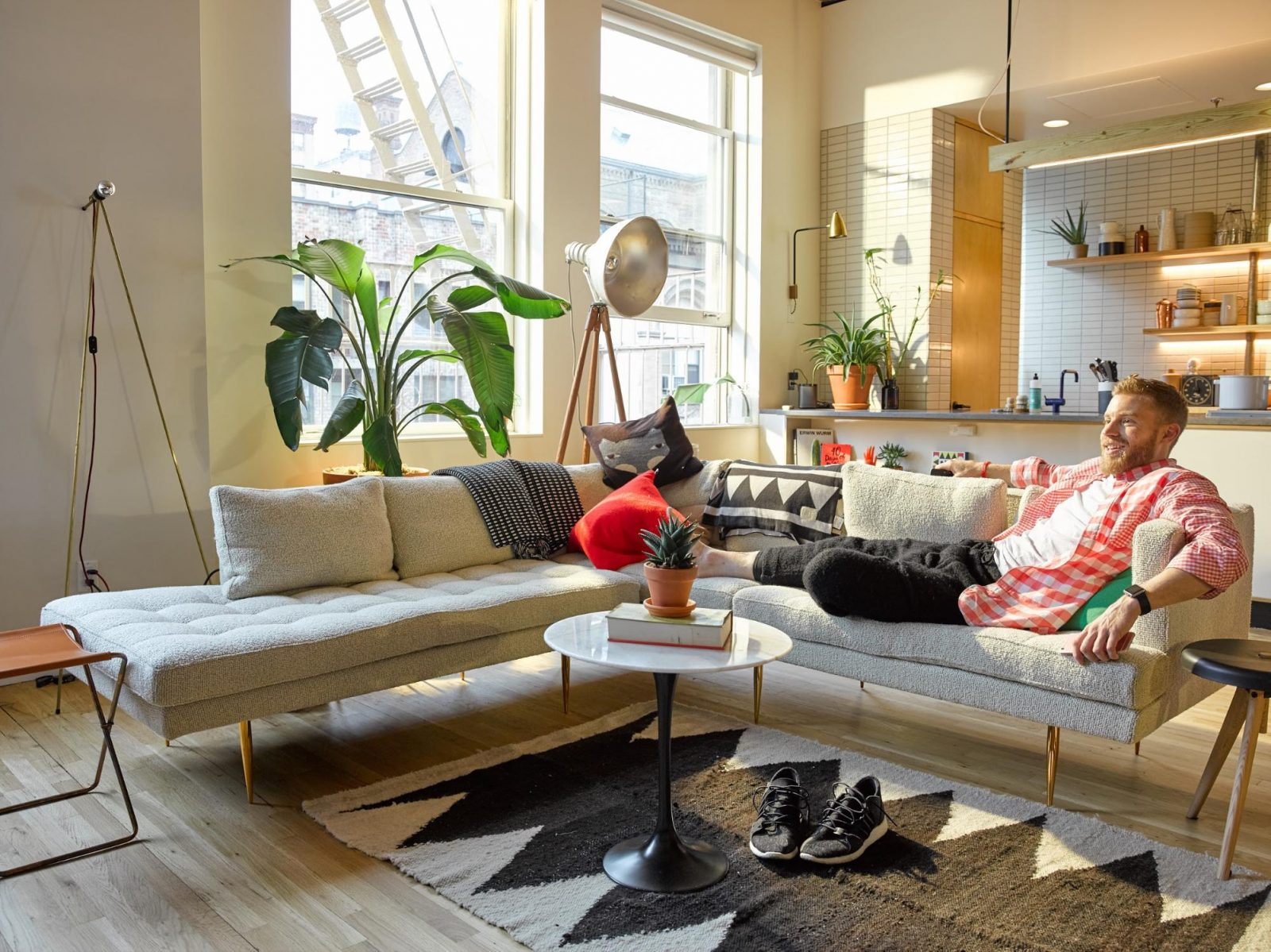 tips to sell used furniture online fast
