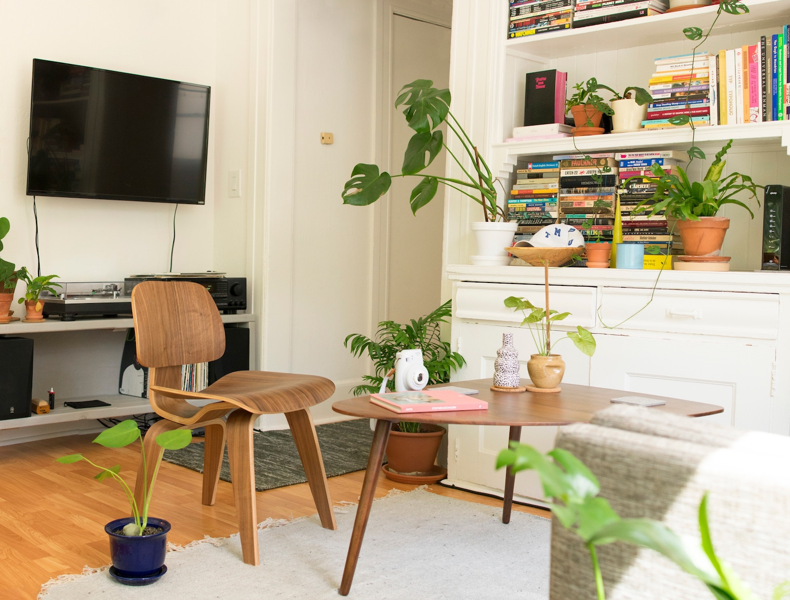 20 Brilliant NYC Apartment Decorating Tips And Ideas On A