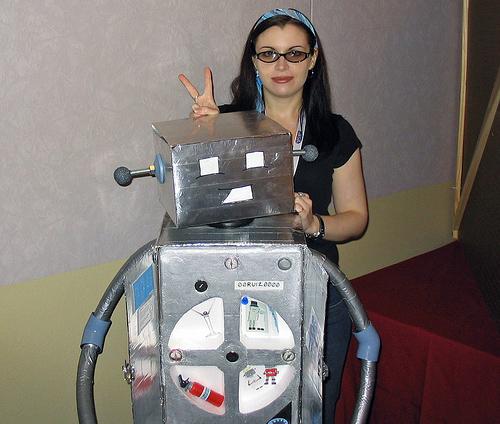 Girllovesrobot