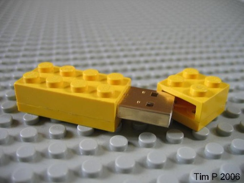 Lego Flash Drive - 03