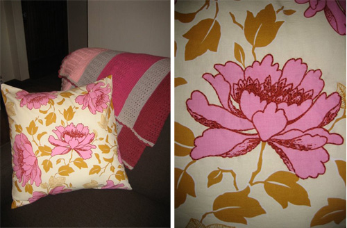 Embroideredpillow