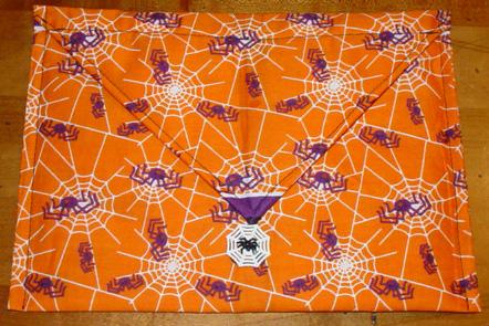 halloween-clutch101707.jpg
