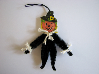 Halloween Scarecrow Ornament Blog