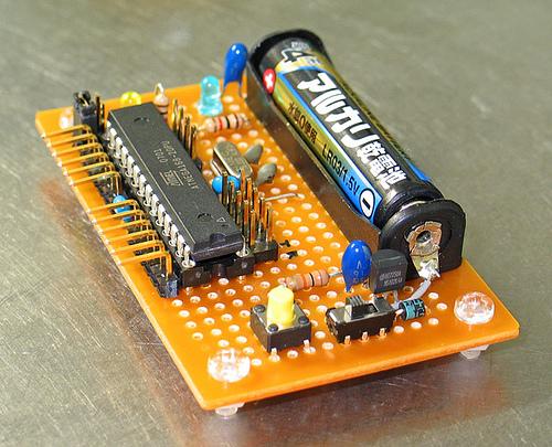 AAA_powered_Arduino.jpg