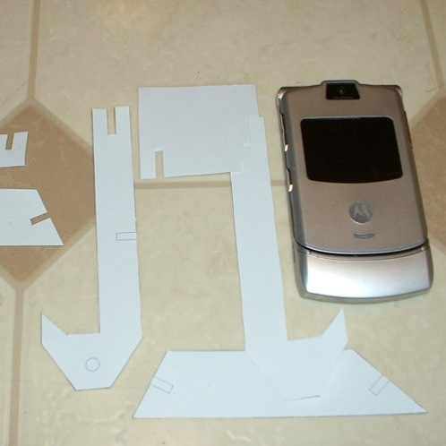 Users Pt Desktop Building-The-Razr-Cradle-With-Big-Blue-Saw Images Paper-Testfit