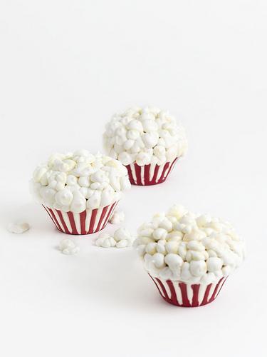 CaramelPopcornCakes.jpg
