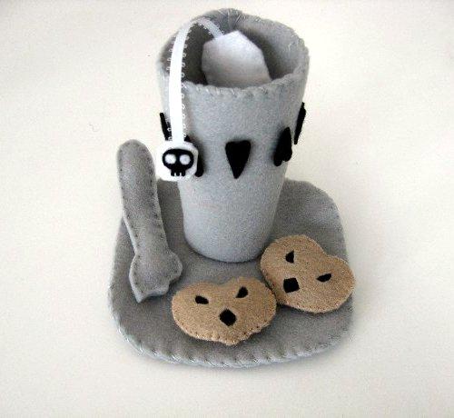 crafty plush poison tea