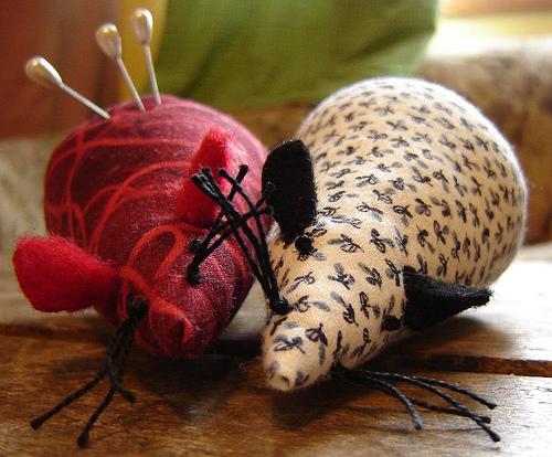 mousepincushion.jpg