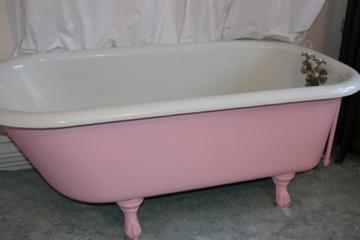 PinkBathtub.jpg