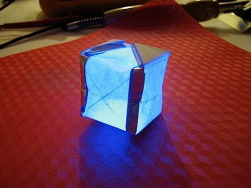 led_foldie1.jpg