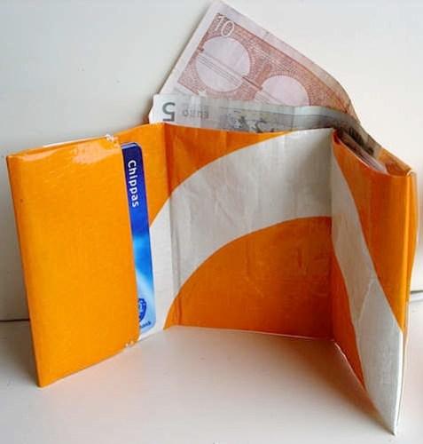 poly_wallet.jpg