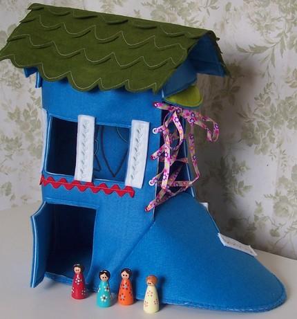 ShoeDollhouse.jpg