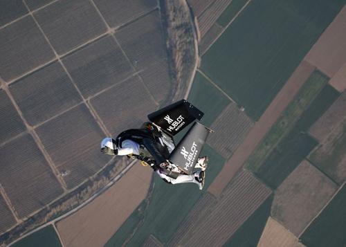 flyingman27.jpg