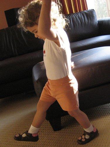 t-shirt_shorts_bella.jpg