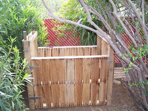 compostPallet081308.jpg