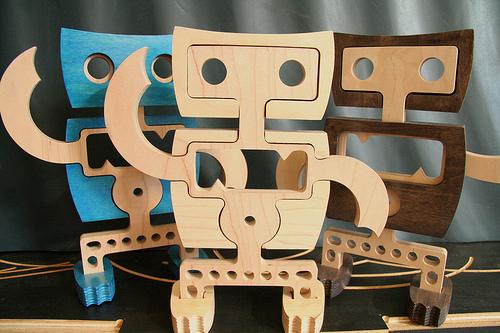 woodenRobots120809_1.jpg