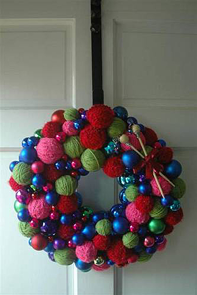 yarn_wreath_balls.jpg