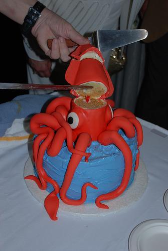 giant squid cake