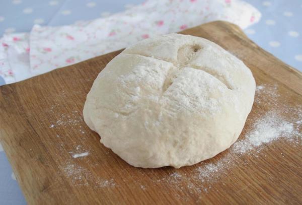 Five_min_pizza_dough.jpg