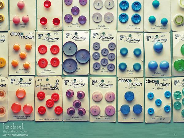 Vintage_Button_Desktop_wallpaper.jpg