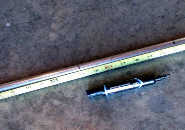 measure_and_mark_the_tubing.JPG