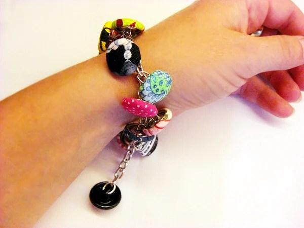 covered_button__bracelet.jpg