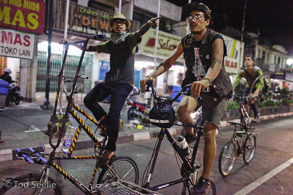 tod seelie indo tallbikers.jpg