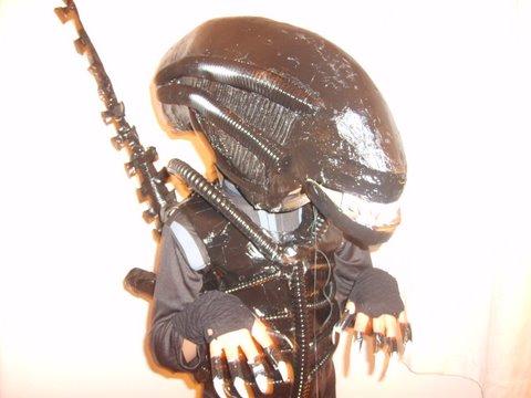 alien_costume.JPG