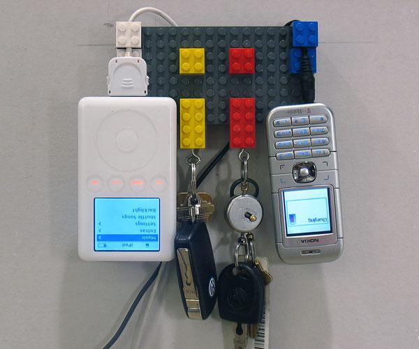 flashback-lego-recharger-opener.jpg