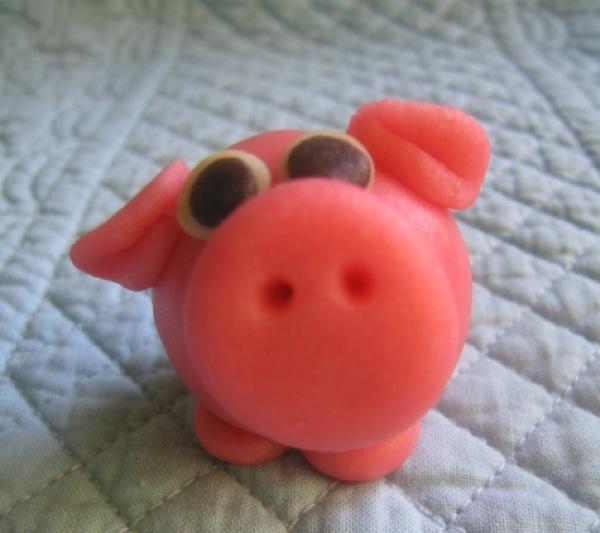Marzipananimals Pig