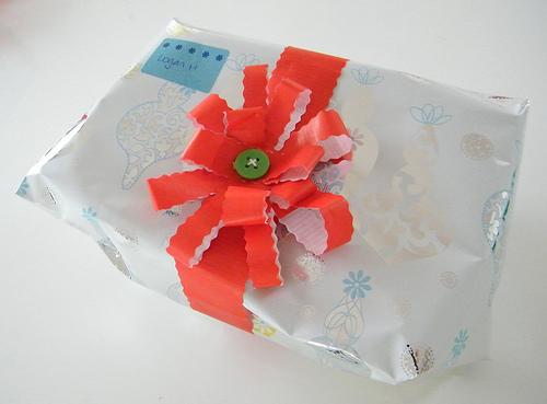 recylced_wrap_bows.jpg