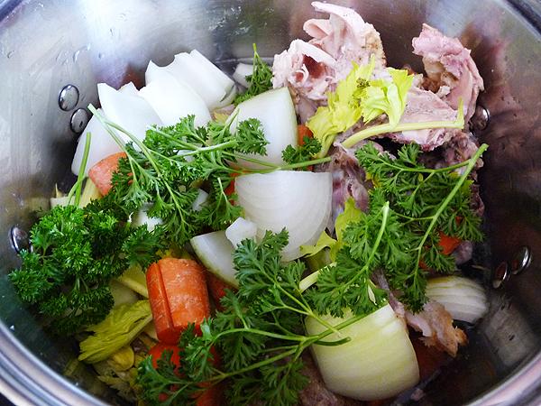 Thanksgiving Broth Ingredientsinpot