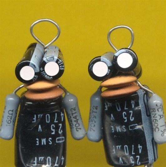 capacitor robot charm.jpg