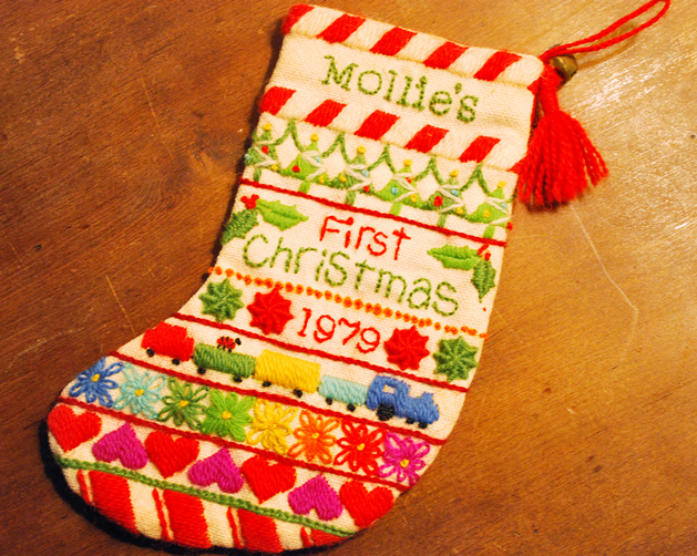 crewel_christmas_stocking.jpg