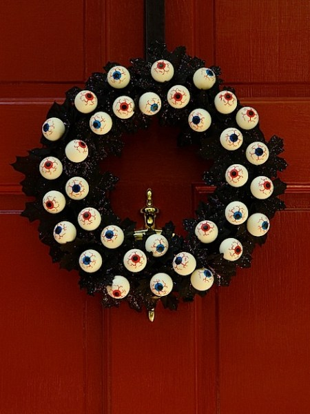 flickreyeballwreath.jpg