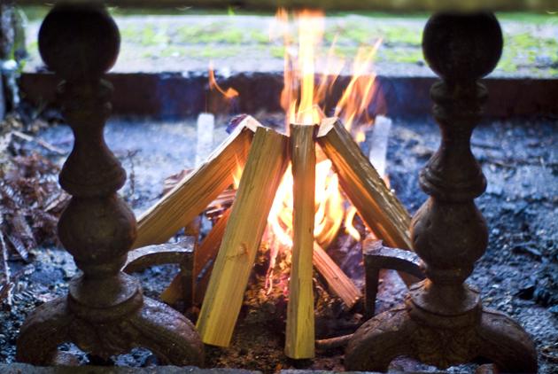 holiday_firestart_09.jpg