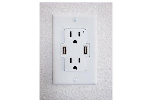 usb power outlet.jpg