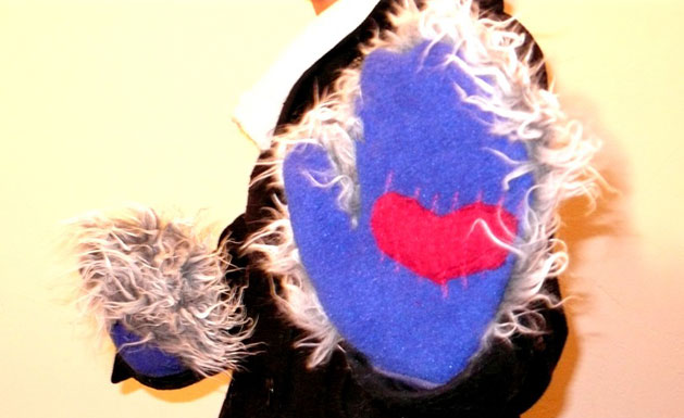 annieland-furry-mitts-inside.jpg