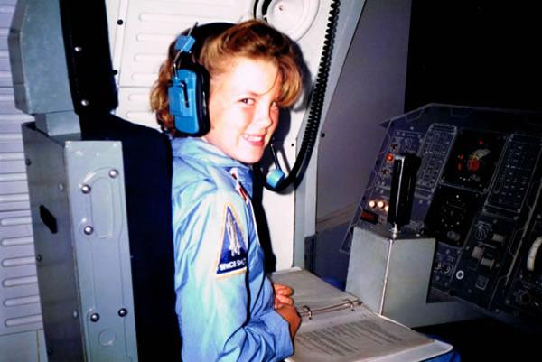 RachelInSpace_Spacecamp.jpg