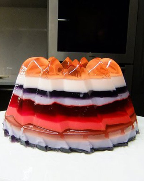 layered_jello_mold.jpg