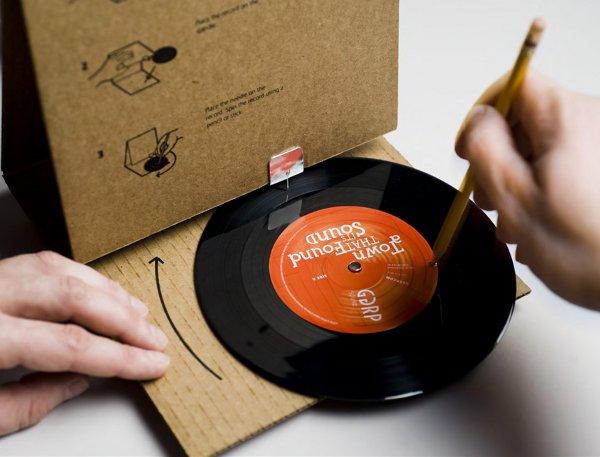cardboard_record_player.jpg