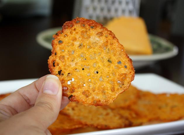 How_To_Cheese_Crisps.jpg