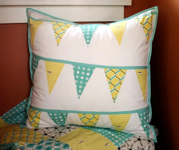 How_To_Sew_Bunting_Pillow.jpg