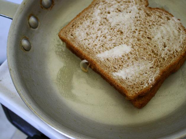 Satay Spiced Pb Sandwich Step7