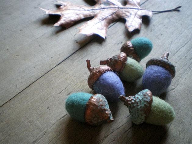 copper-and-wool-acorns.jpg