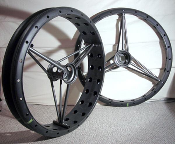 maker-faire-detroit-bigdog-wheels.jpg