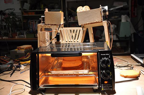 sandwichrobot.jpg